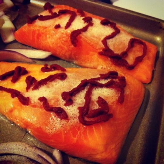 salmon_tomato_paste
