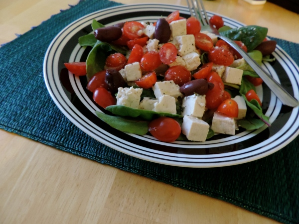 vegan_greek_salad_with_feta