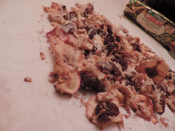 loaded_apple_nachos_baked